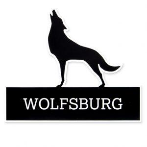 Das Bild zeigt das WOlfsburger Stadtlogo als Aufkleber in schwarz.