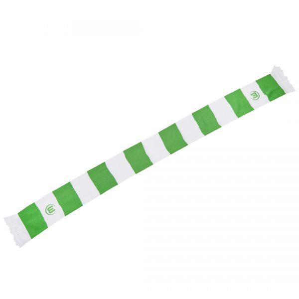 Das Bild zeigt einen grün-weißen Fanschal des VfL Wolfsburg im schicken Balken-Design.